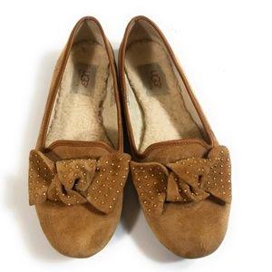 UGG Australia 1004766 Stud Bow Flats Loafers Sz 7
